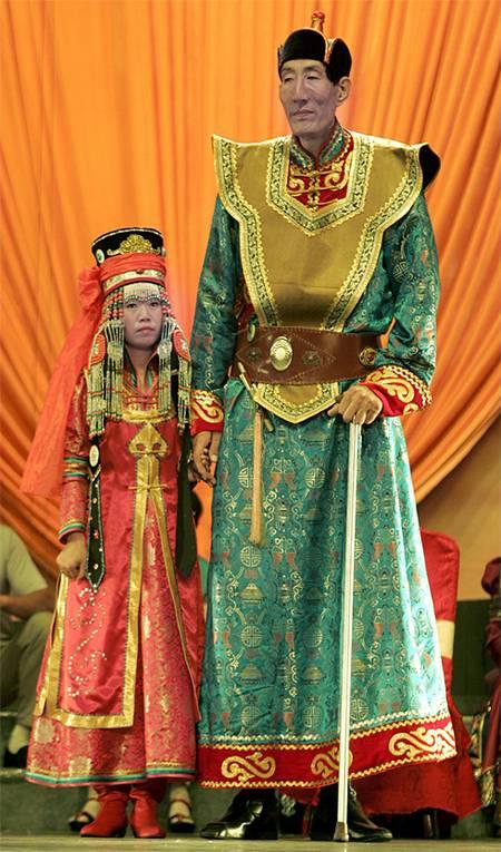 tallest man marriage