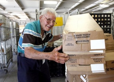 oldest postal worker-retired finally.jpg