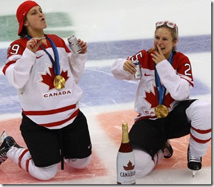 womens_ice_hockey_gold